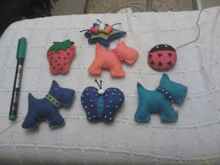 Broches de fieltro