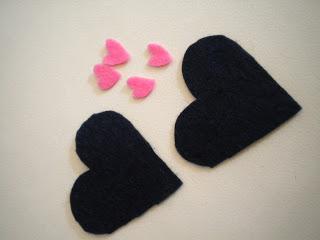 Manualidades Caseras Inma_ broche corazon cortado