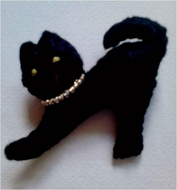 Manualidades caseras faciles gatos negros fieltro