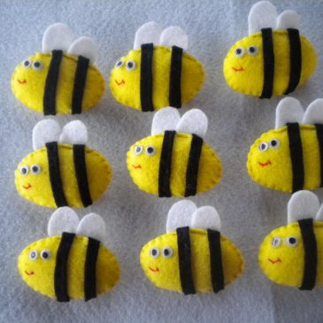 The bees_Broche abeja