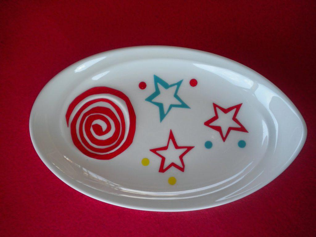 Manualidades Caseras Inma_ calcas cerámicas con espirales y estrellas en porcelana