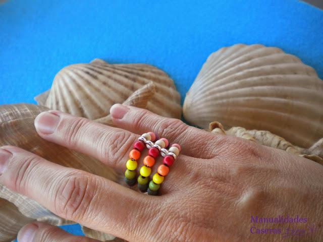Manualidades Caseras Inma_ anillo de colores de bolas de Cerámica