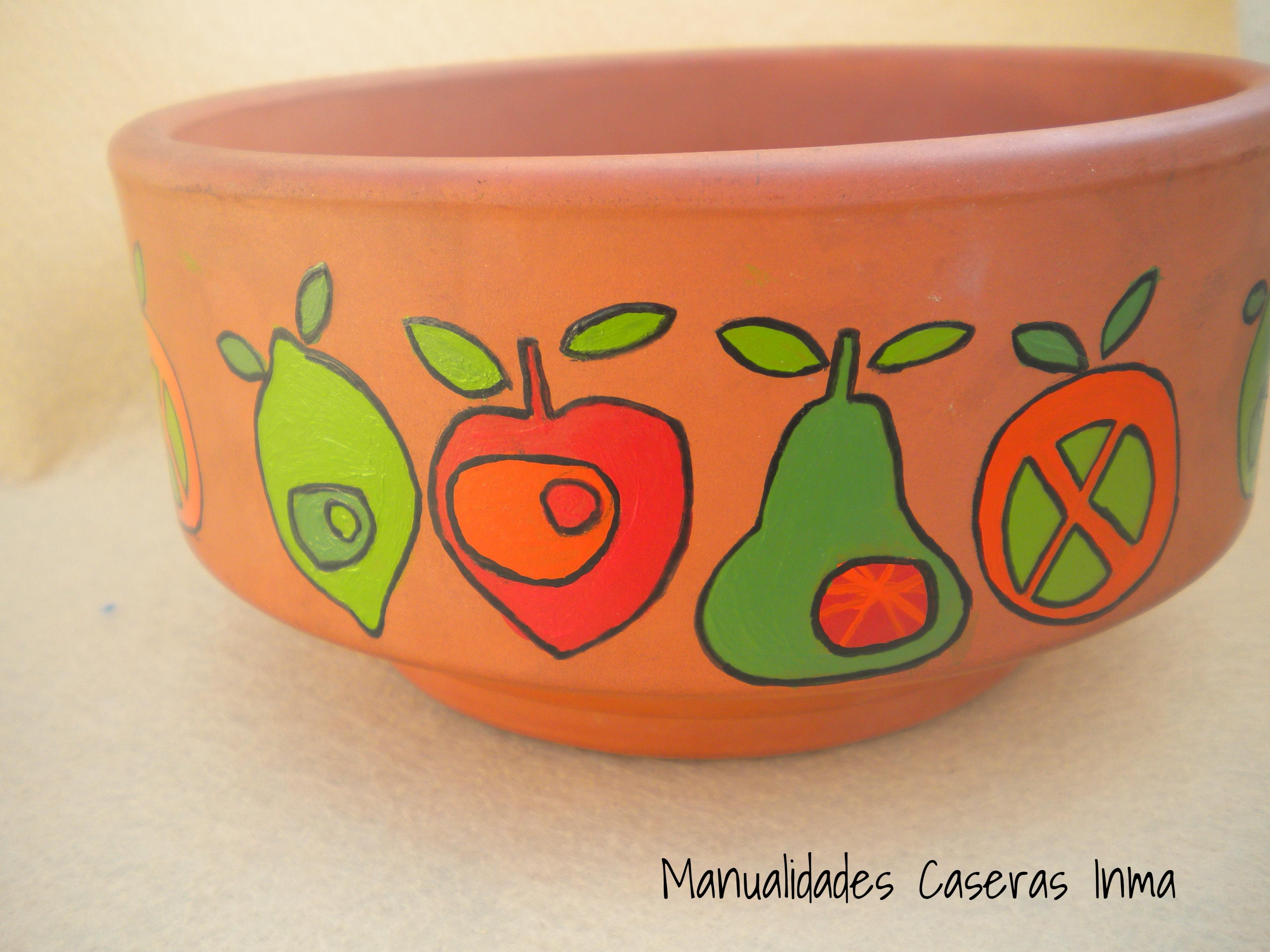 Manualidades Caseras Inma Maceta de Cerámica decorada con Frutas perfiladas