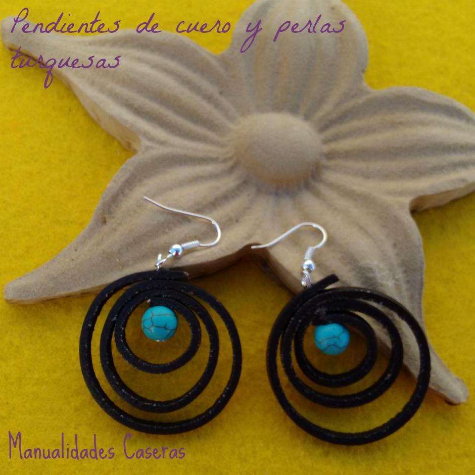 manualidades caseras faciles pendientes de cuero marrón y perlas azules