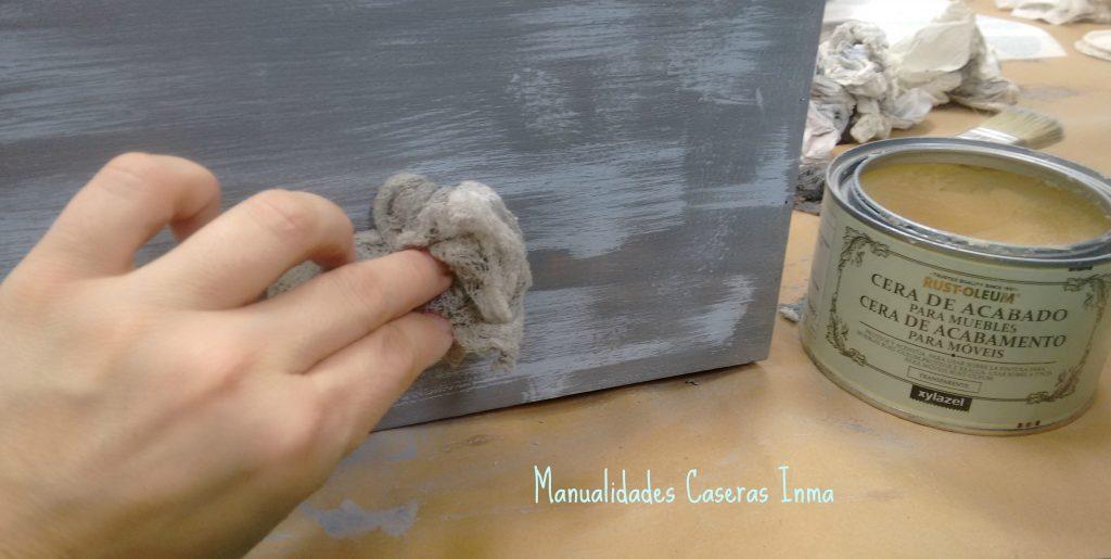 Manualidades Caseras Inma Caja de madera con estrella Chalk Paint fase cera