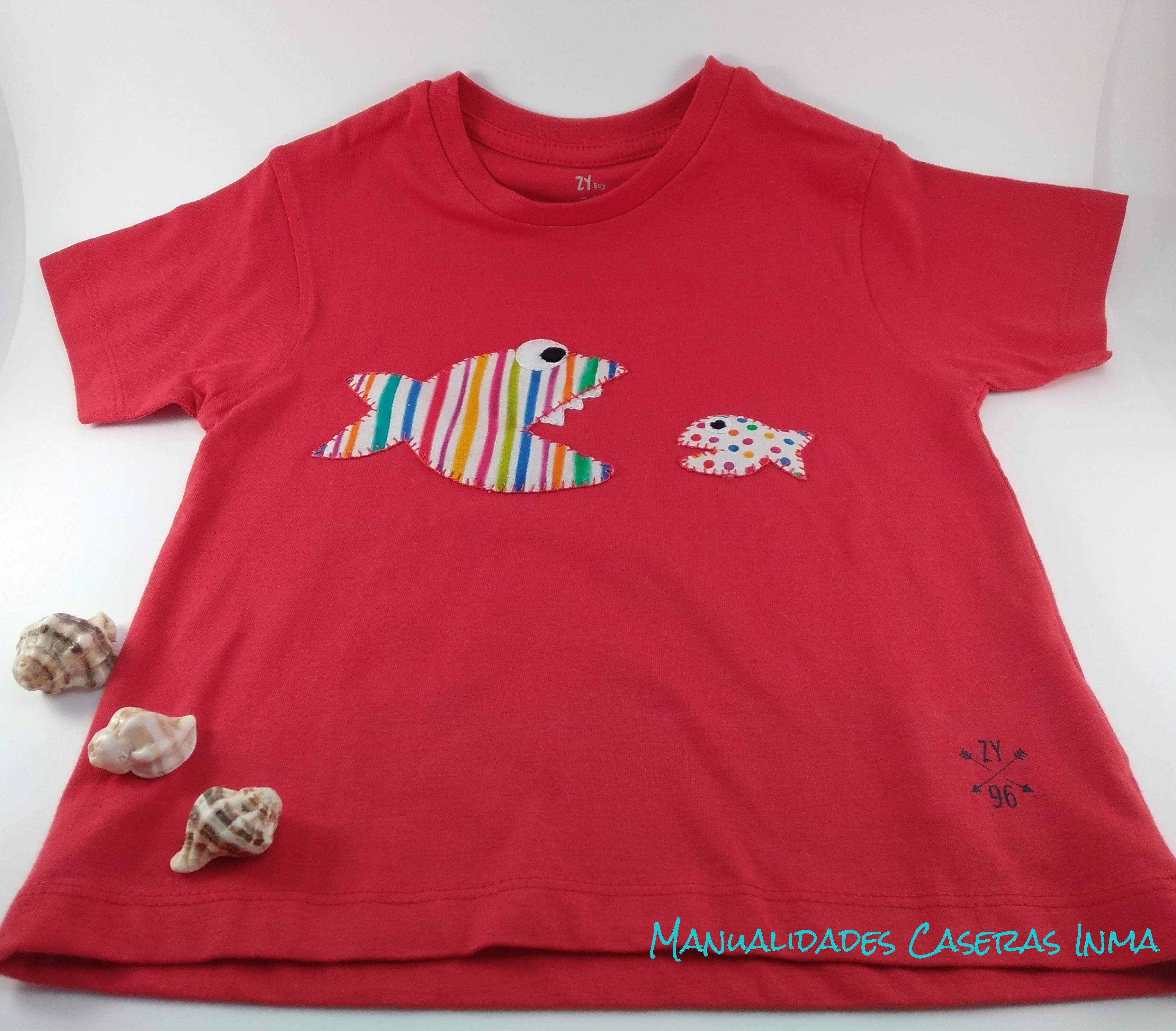 Manualidades Caseras Inma_ Camiseta de peces a rayas y puntos 2